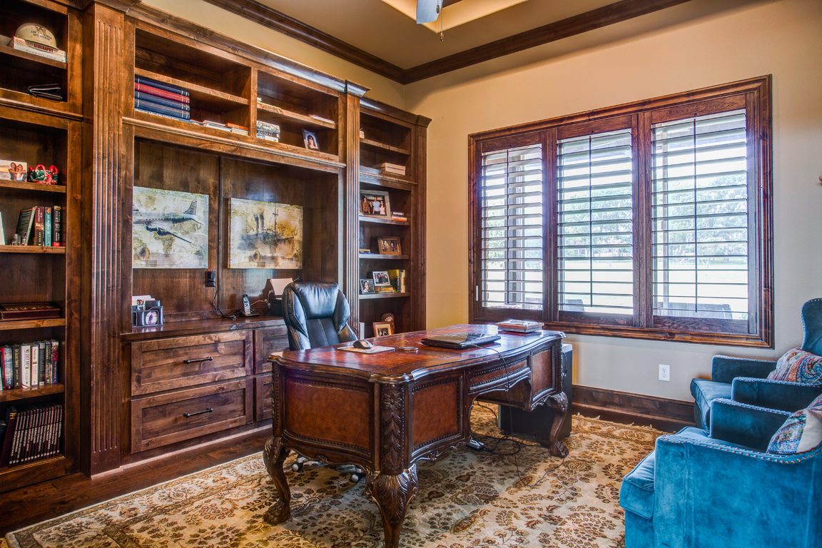 021-216HickoryRidgeCourt-Argyle-TX-76226-small