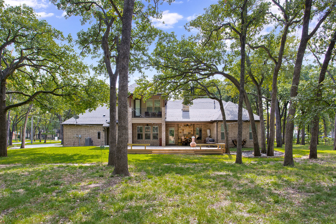 042-204WestAshLane-Euless-TX-76039-small